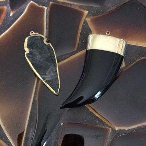 Tusk & arrowhead pendant 24K plated